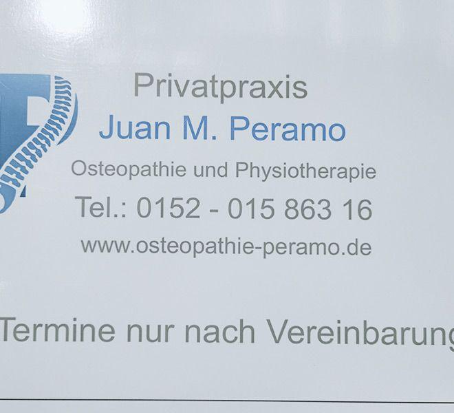 Praxisschild - Privatpraxis Peramo für Osteopathie